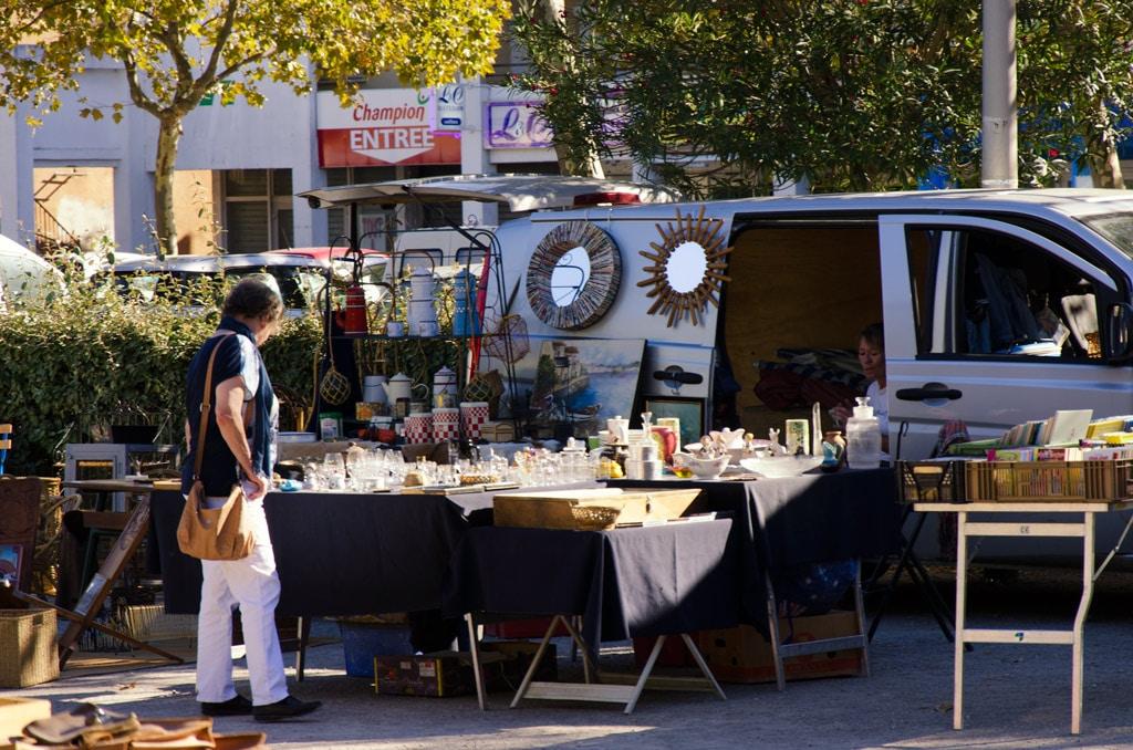 La brocante du vendredi à Marseillan